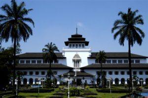 Daftar Perguruan Tinggi Swasta Jurusan DKV di Bandung Lengkap 2021