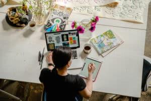 Bedanya Graphic Designer dan UI/UX Designer